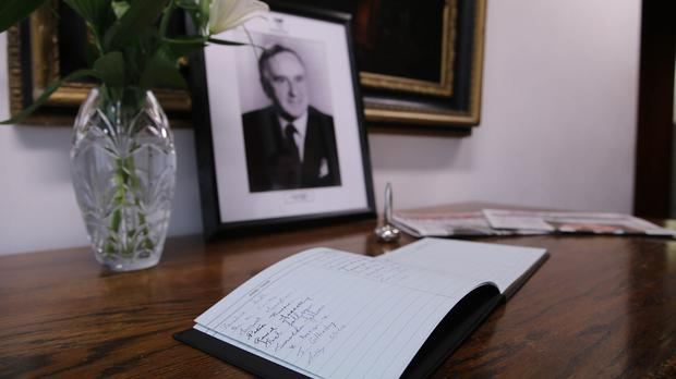 A book of condolence in memory of former taoiseach Albert Reynolds opens at his old Fianna Fail party headquarters in Dublin