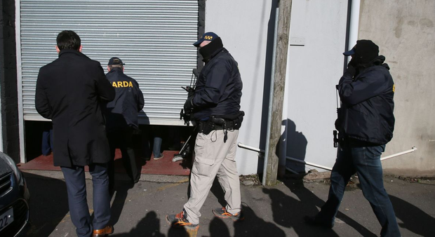 Armed gardai and the Criminal Assets Bureau carrying out searches on homes and businesses in Dublin