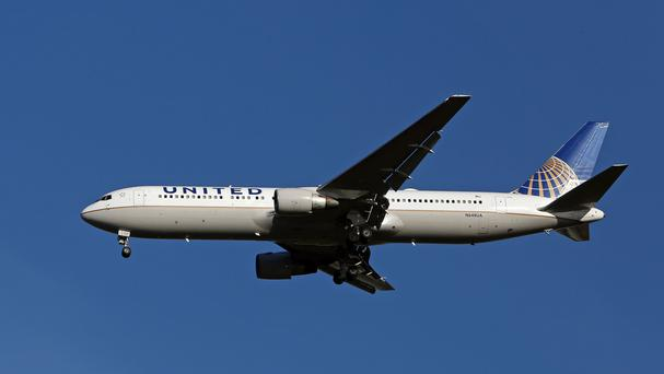 United Airlines flight (Stock photo)