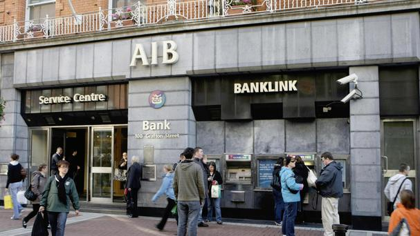 A quarter of the 99% state-owned Allied Irish Bank is to be sold to investors in the coming weeks