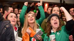 English and Irish fans in the Cabbage Patch pub in Twickenham (David Mirzoeff/PA)