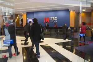 Metro Bank was set up a decade ago to challenge the dominance of Lloyds and Royal Bank of Scotland, but investor faith in its costly business model has all but evaporated