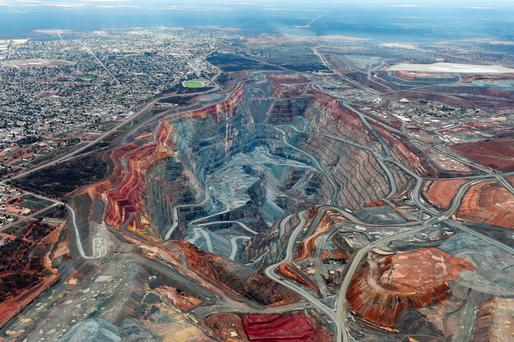 The town of Kalgoorlie, next to Australia's Fimiston Open Pit mine – the 'Super Pit', operated by Kalgoorlie Consolidated Gold Mines