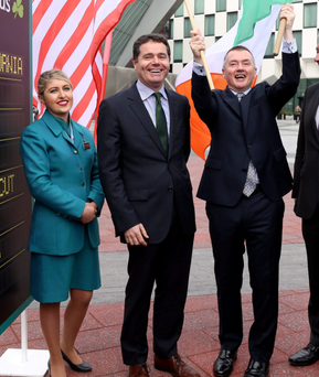 IAG boss Willie Walsh, right, with Tourism Minister Paschal Donohoe and Aer Lingus flight attendant Michelle Thompson at the announcement last October of new sevices to Hartford, Newark and Los Angeles in the United States
