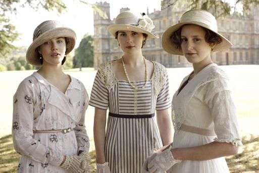 Jessica Brown Findlay, Michelle Dockery and Laura Carmichael in Downton Abbey