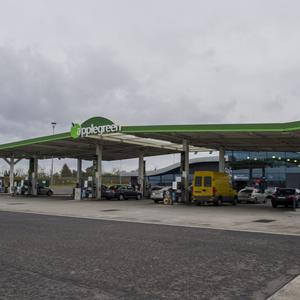 One of the Applegreen service stations on the M1 going north