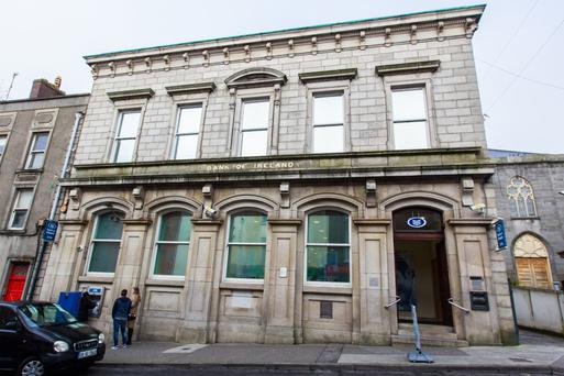 The Bank of Ireland has occupied the premises in Drogheda on a 25-year full repairing and insuring lease since late 2006