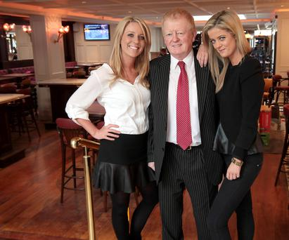 Charlie Chawke pictured with daughters Ali and Jenny in Searsons pub on Dublin's Baggot St