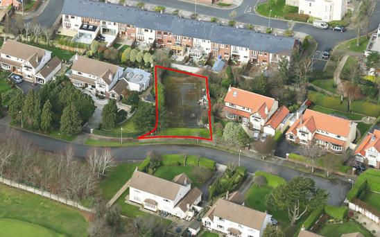 The site has planning permission for a 223 sq m (2,400 sq ft) house