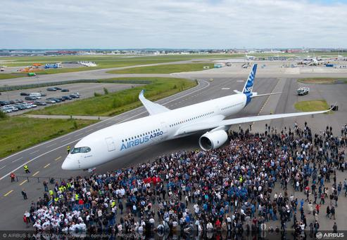 United Continental is on the verge of a $14bn deal for the new Airbus 350-900 wide-body jetliner
