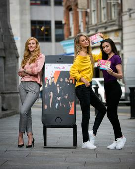 Aine McCarthy, prepay propositions manager, Eir, with reality TV fans Thalia Heffernan and Sarah Tansey eir mobile at the announcement of its partnership with Hayu – the all-reality subscription on-demand service from NBC Universal International. Photo Chris Bellew/Fennell Photography
