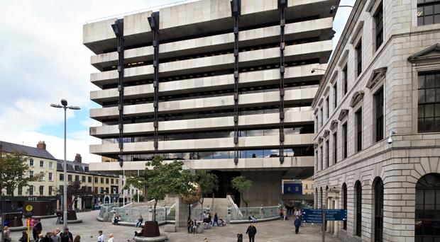 New contractor to be appointed to Dame Street plaza job