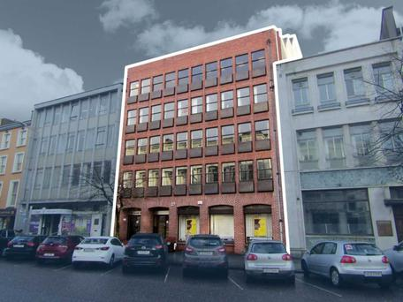 26/27 South Mall is producing annual rental income of €103,000