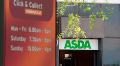 Sainsbury's has agreed to buy Asda in a £7.3bn (€8.3bn) deal