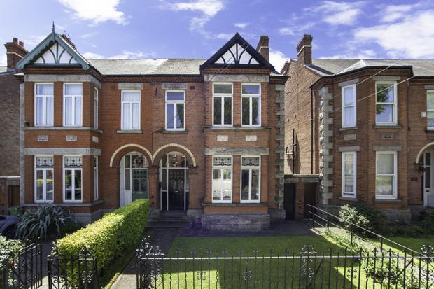 46 Iona Road, Glasnevin was sold by DNG Phibsboro for €950k in March