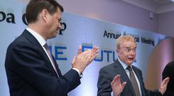 Farewell: Smurfit Kappa CEO Tony Smurfit applauds outgoing chairman Liam O'Mahony at the end of the company's AGM. Photo: Maxwells
