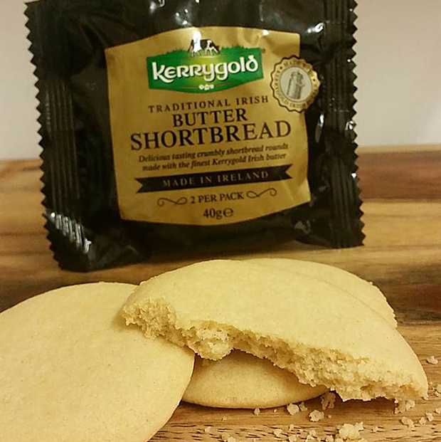 Brogans Bakery has agreed a new shortbread tie-up with airline Ryanair