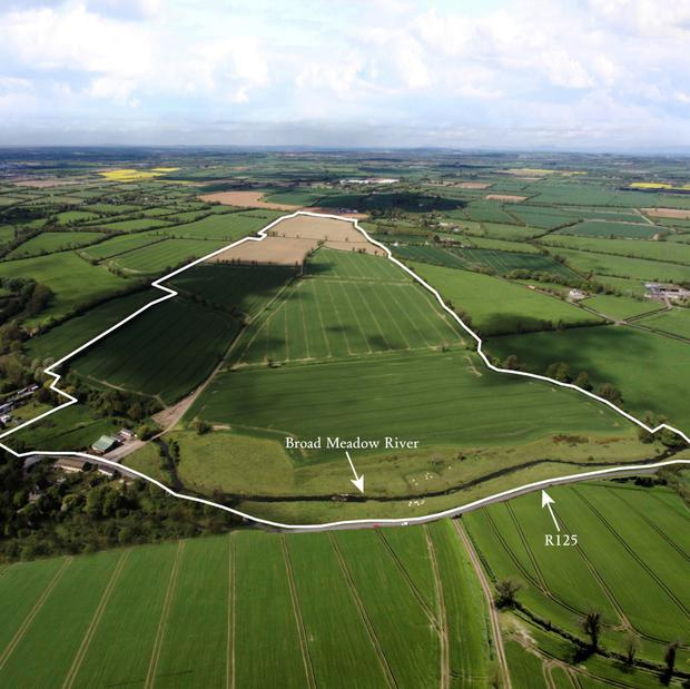 The 179ac farm is located close to Ashbourne.