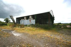 The hay barn on the Streete property
