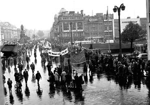 Farmers take their grievances to the streets of Dublin during the 1966 protests which saw then NFA president Rickard Deasy lead a 217-mile march from Bantry to the capital to demand a fair deal for farmers.