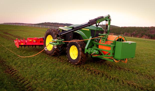 Innovative: John Deere's GridCON uses a cable connection
