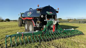 The umbilical slurry spreading charge rate is guided at €150.00/hour plus VAT.