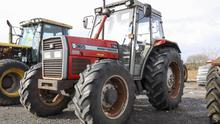 This 1997-plated fresh looking Massey Ferguson 365 has only 644 hours on the clock