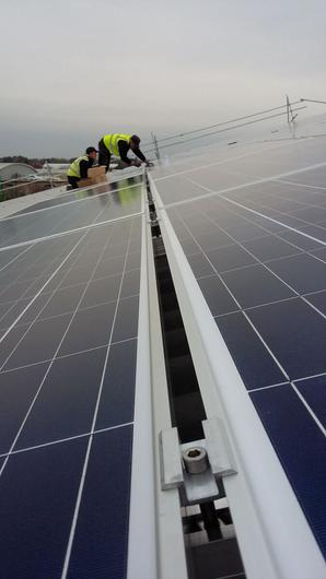 Langmead are also installing solar panels on a new 25,000t grain store that they erected this year