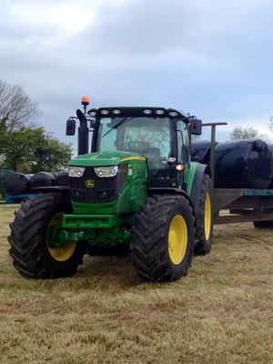 The Casey's hire tractor was a new 140hp John Deere 614OR from Templetouhy Farm Machinery in Clonmel. It was fitted with a 40kph transmission.