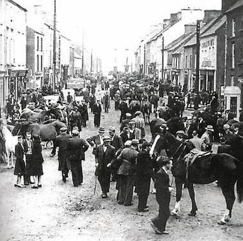 A busy Ballinasloe town centre during the annual fair in the 1940s