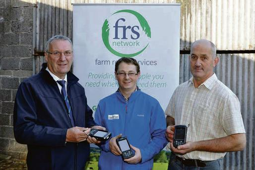Pictured at the training on the new FRS Hoofwatch recording devices that will provide farmers and the ICBF with vital hoof health information: (L to R) Peter Byrne, FRS network, Liam O'Driscoll, ICBF and Francis Fitzgerald, FRS network chairman