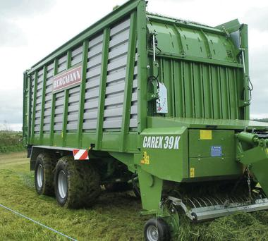 Efficient: HLR Machinery, agents for the Bergmann range of silage wagons in Ireland, demonstrated the impressive new 39 cubic metre capacity Carex 39k wagon. It has a slim drawbar for best turning angles. This wagon uses four floor chains for packing and emptying a compact load and is fed from a 1.94m wide pick-up. It has 41 cutting knives giving a 35mm cut length, and delivers fast unloading due to a double-speed floor drive