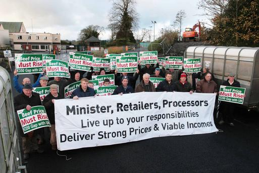 IFA members protesting outside Meadow Meats in Rathdowney, Co Laois during last week's 48-hour blockade