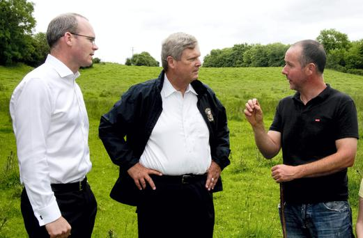 US Secretary for Agricuture Tom Vilsack pictured during a visit to Stephen Morrisson's Beef Farm in Kill, Co. Kildare with Minister for Agriculture & Food Simon Coverney.