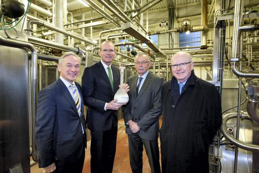 Enterprise Minister Richard Bruton and Agriculture Minister Simon Coveney with Dan MacSweeney, CEO Carbery and Chair of Irish Dairy Industry Association, and Dr. Noel Cawley, Chairman Teagasc,at yesterday's announcement of a €35m investment in dairy processing research. Photo: Sean Curtin.