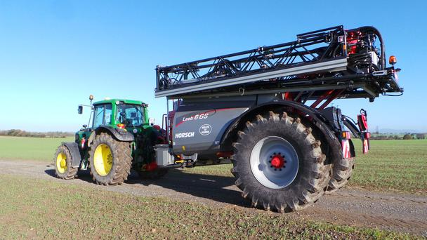 Spec: Kevin Nolan's impressive 30m Horsch Leeb sprayer with 6,000 litre tank capacity has a range of features to boost output.