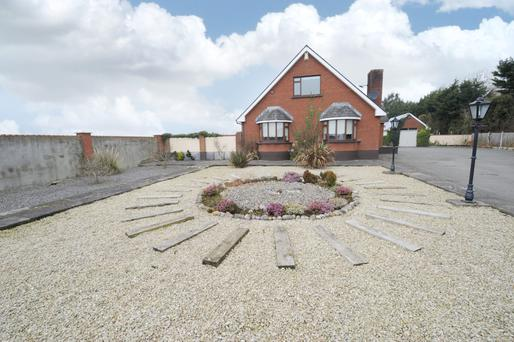 This six bedroom residence and 34ac is for at Fleenstown, Ashbourne with a guide price of €700,000