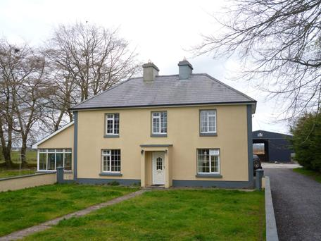 This residence and 45ac is for sale close to Glinsk on the Galway-Roscommon border