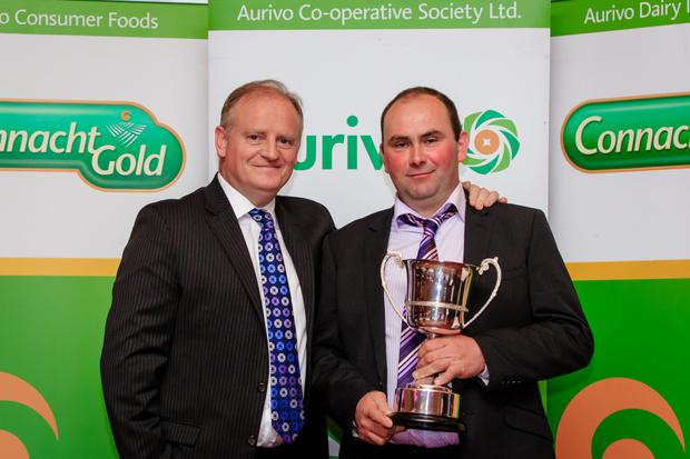 Kevin Lane of Ornua (formerly the Irish Dairy Board) with Gerard Killoran, from Bunninadden, Ballymote, Co Sligo, the Aurivo Milk Supplier of the Year 2015.