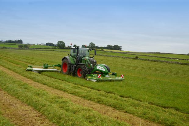 McHale's Pro Glide Mower has a 500 mm adaptive range which allows it automatically adapt to ground contours.