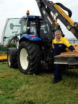 An upgrade to a New Holland T6140 has led to greatly improved working position for driver Ray Darcy.