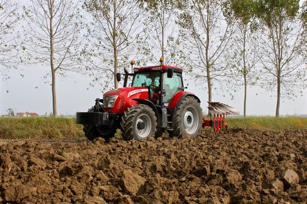 McCormick's X7 VT-Drive models are equipped with a ZF produced four-range transmission.