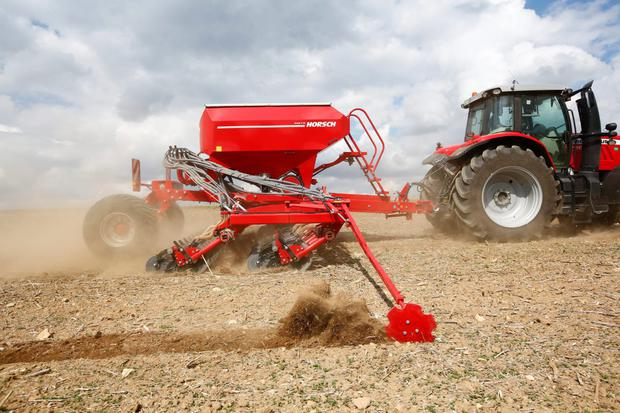 The Horsch Avatar SD is a new entry into the direct drilling with discs sector