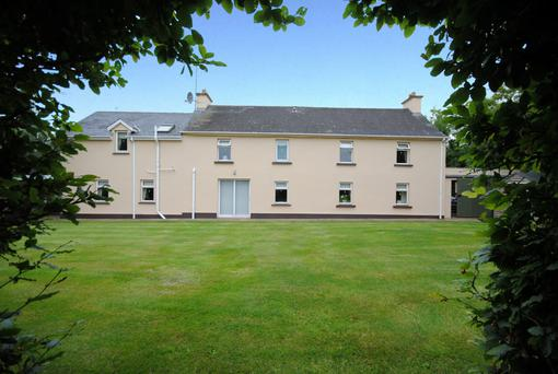 The 68ac farm is located at Taghmon and comes with an early 20th century residence that has been modernised