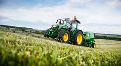 John Deere will target smaller farmers with its new 95-115hp 5R Series tractors