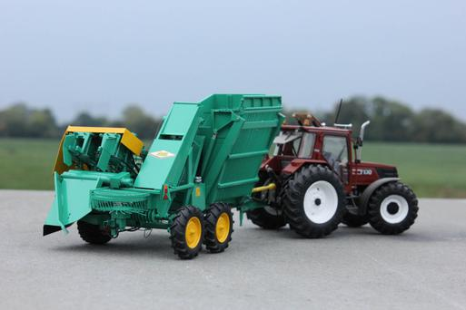 Ciaran Dunne's perfectly finished model of a Armer Salmon beet harvester