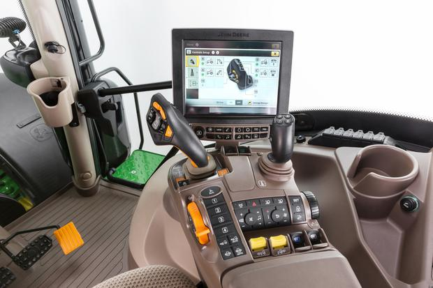 The new CommandPro joystick allows the tractor be controlled from top speed to zero with a push or pull of a joystick