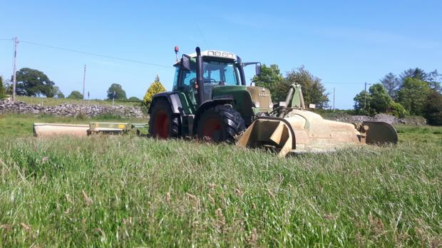 A Fendt 820 equipped with double Krone mowers can tackle most mowing jobs