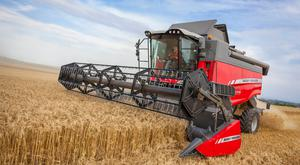 Massey Ferguson's 300 HP Activa S6 Combine in action
