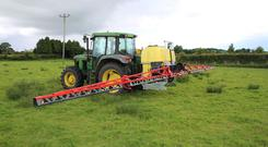 Sprayer boom
